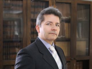 Profesor de Derecho de Antofagasta es entrevistado sobre el mercado de agua en Chile y la nueva Constitución